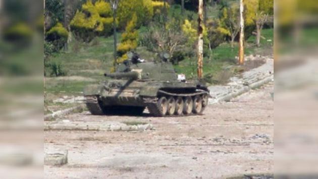 """La oposición siria pide una """"intervención militar extranjera urgente"""" en el país"""
