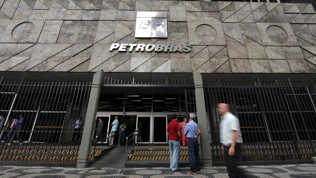 Nuevas revelaciones de Snowden: la NSA espió a la petrolera brasileña Petrobras