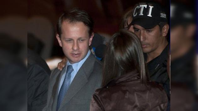 Ordenan la detención de un ex ministro de Uribe por corrupción en Colombia