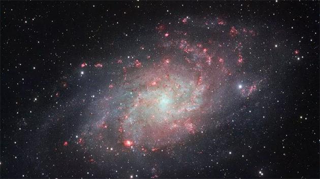 Obtienen la imagen más detallada jamás tomada de la galaxia del Triángulo