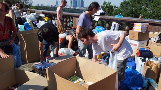 Voluntarios de toda Rusia hacen piña  para ayudar a la región inundada de Krasnodar