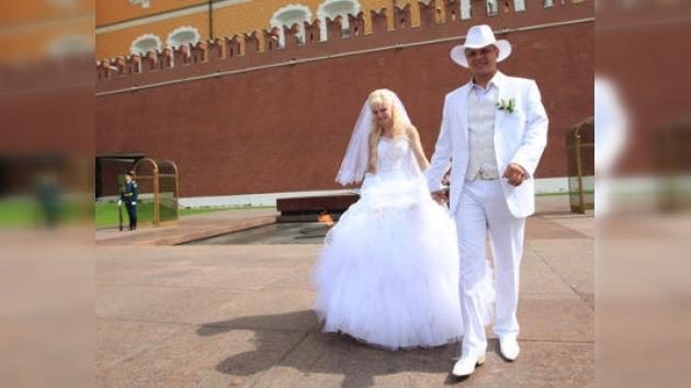 Hombre intenta infiltrar el Kremlin para pedir la mano de hija de Medvédev