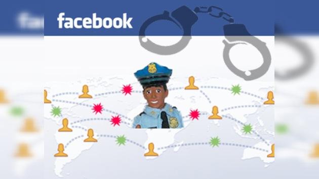 Encarcelado por el estatus en Facebook