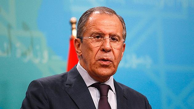 """Lavrov: """"Rusia no se entromete en Ucrania y espera que los socios internacionales hagan lo mismo"""""""