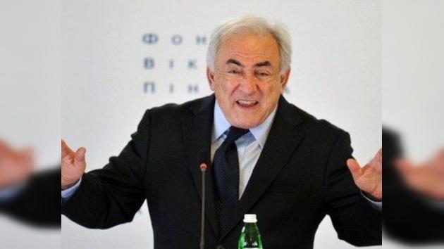 Strauss-Kahn: el escándalo sexual en el hotel de Nueva York fue una trampa de Sarkozy
