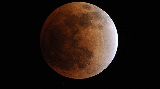 Video, fotos: Descubren en la Luna 200 'madrigueras' para futuros astronautas