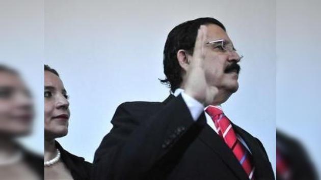 Zelaya busca reconciliarse con su país aun en 2011