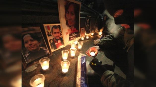 Activistas rusos de derechos humanos conmemoran asesinato de compañeros