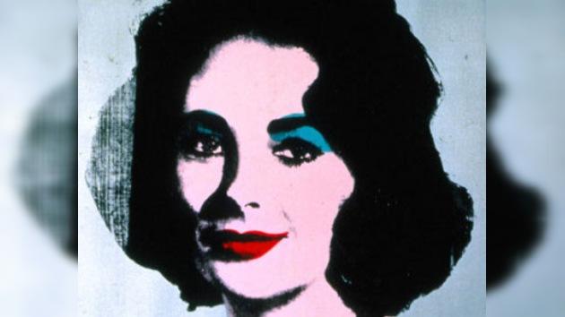 Subastado por 10 millones un retrato de Elizabeth Taylor hecho por Warhol