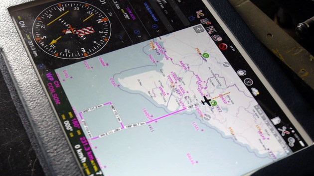 Satélite francés capta imágenes de posibles restos del avión malasio