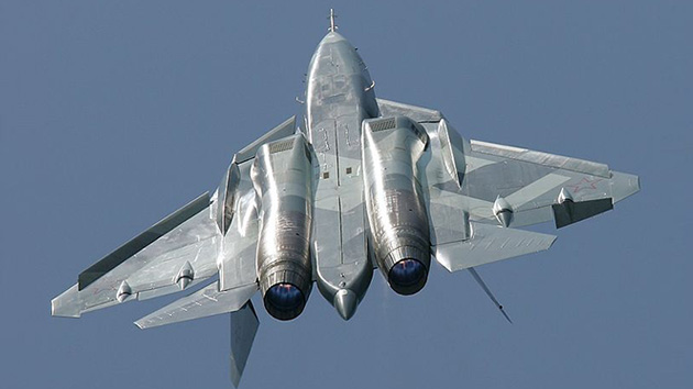 El supercaza ruso T-50 (PAK FA), en fotos