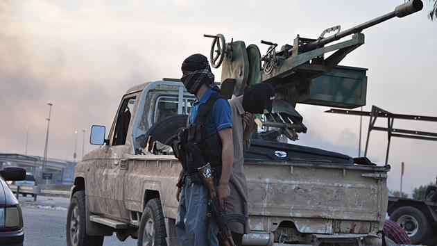 Más de 100 soldados sirios mueren en un choque con rebeldes del Estado Islámico