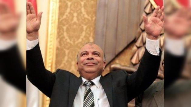 Un líder de los Hermanos Musulmanes preside el nuevo Parlamento egipcio