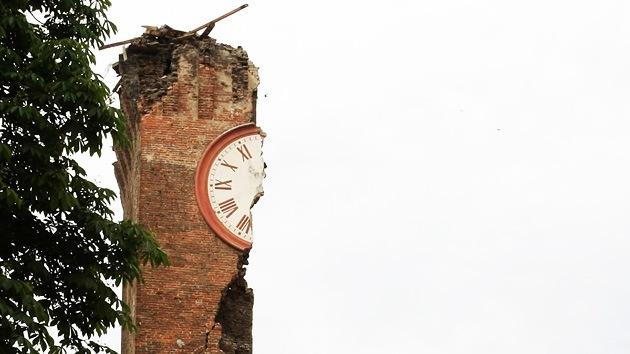 Un fuerte terremoto sacude el norte de Italia