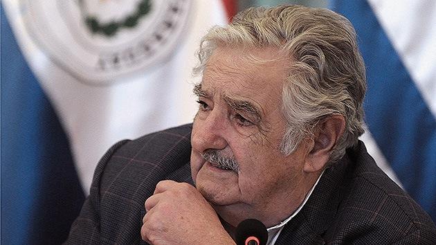 """Video: """"Yo no soy una propaganda de Coca Cola"""", dice Mujica enojado en Paraguay"""