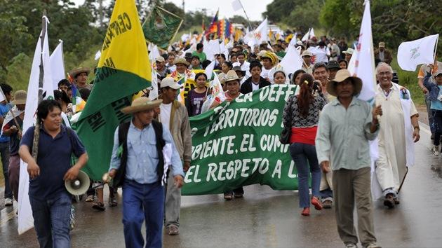 Indígenas bolivianos no ceden ante el avance de la polémica ruta amazónica