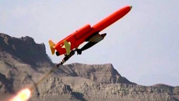 Irán prueba el primer drone del mundo capaz de despegar en vertical