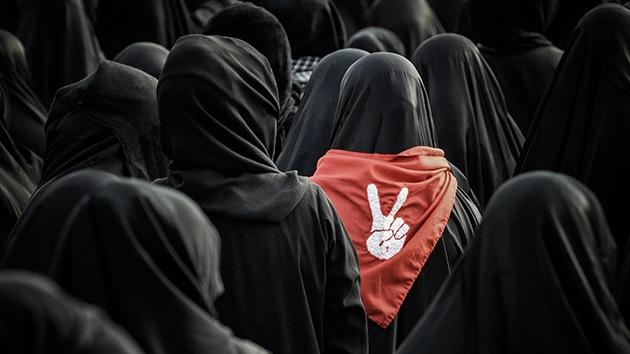A dios rogando y con el palo dando: manuales islamistas explican cómo golpear a la esposa