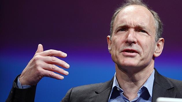 """El creador de la Red: """"Es necesario volver a descentralizar Internet"""""""