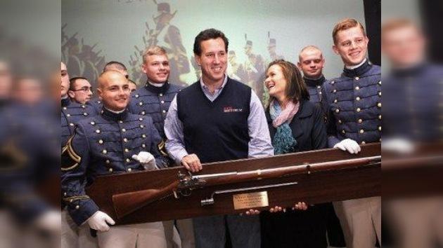 Rick Santorum, azote de Irán y de los inmigrantes, gana las primarias republicanas de Iowa