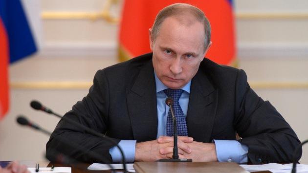 """""""Vladímir Putin no debe ceder ante EE.UU."""""""