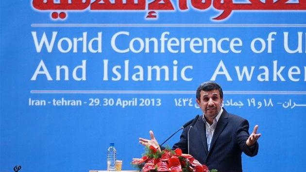"""Ahmadineyad: """"Occidente instiga a la guerra para dominar a las naciones"""""""