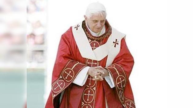 El Papa convoca a obispos de Irlanda para analizar los abusos a menores