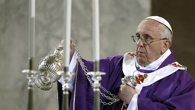 """El papa Francisco telefonea a una escuela: """"¿Cómo están todos?"""""""