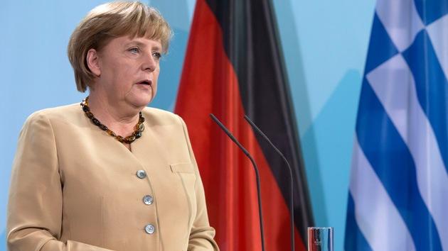 Alemania y Francia prometen respaldar a Grecia en su lucha contra la crisis