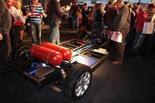 Presentado en Rusia el prototipo del híbrido Ё-mobil