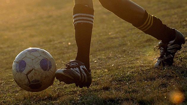 Un niño de 8 años se ofrece a entrenar un club inglés de segunda división... y lo llaman
