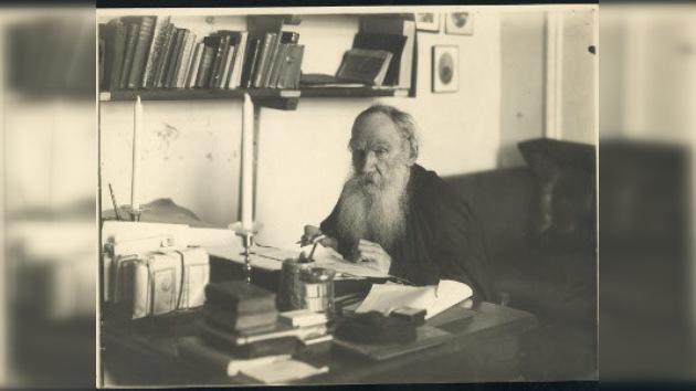 Uruguay conmemora el centenario de la muerte de León Tolstoi