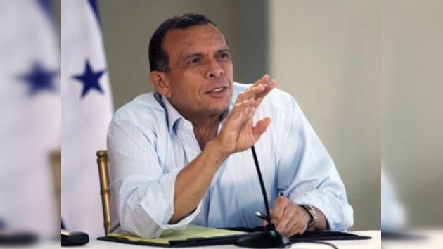 El presidente de Honduras dice recibir amenazas de muerte