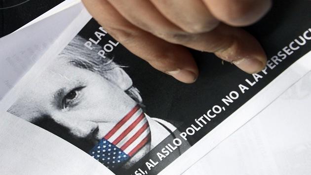 Reino Unido intenta calmar el temor de Assange a ser extraditado a EE.UU.