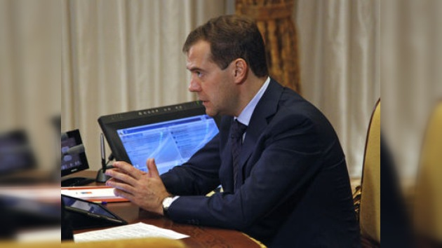 Medvédev: Es el pueblo el que debe determinar el destino de Siria, no la OTAN