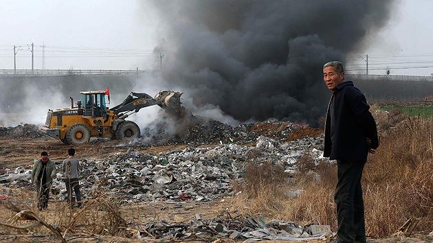 """China admite que la contaminación ha generado """"aldeas del cáncer"""""""
