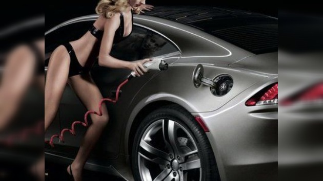Publicidad erótica, la nueva estrategia para vender automóviles ecológicos