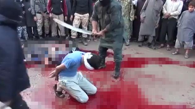 FUERTES IMÁGENES: Sádica ejecución de sunitas sirios a manos del Estado Islámico