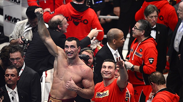 Vladímir Klichkó defiende su título mundial en el combate contra Mariusz Wach