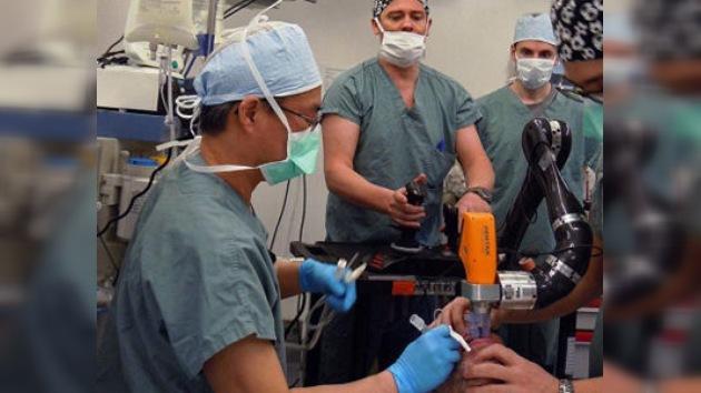 Prueban con éxito en una cirugía un nuevo sistema de intubación automático