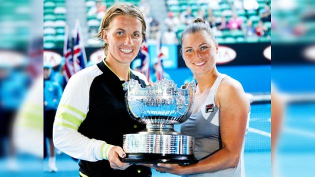 Zvonariova y Kuznetsova, campeonas en dobles del Abierto de Australia