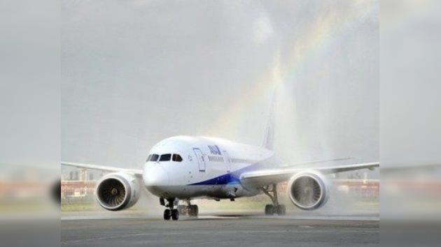 El nuevo Boeing 787 calienta motores para levantar vuelo