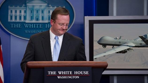 Washington silenciaba a su secretario de Prensa sobre los 'drones asesinos'