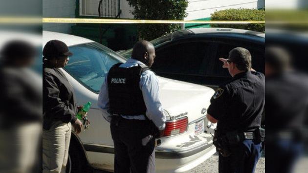 Dimite un jefe de policía en EE. UU. tras golpear sus agentes a latinos