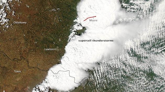 El tornado de Oklahoma, a vista de satélite