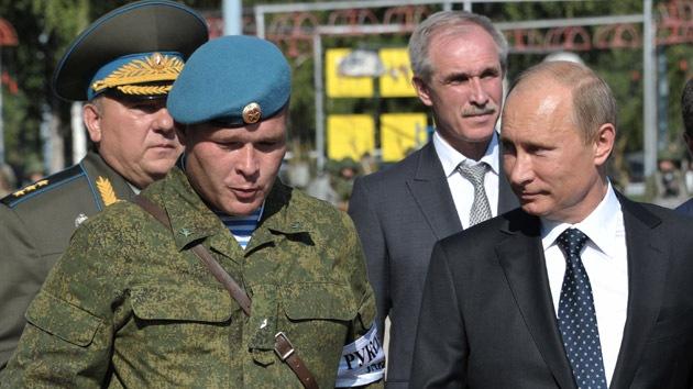 Putin: La OTAN debe finalizar sus tareas en Afganistán y no limitarse a salir de allí