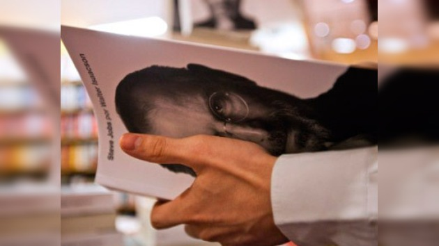 La historia del creador de la manzana ya está a la venta en Latinoamérica
