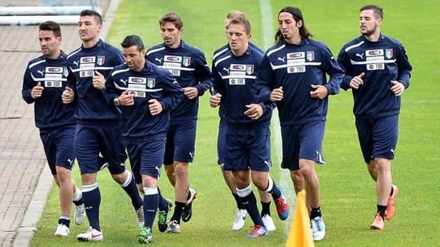 Italia podría renunciar a la Eurocopa 2012