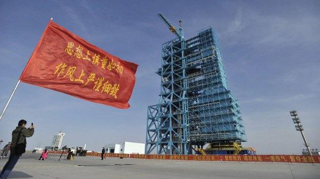 China se prepara para el primer acoplamiento espacial tripulado