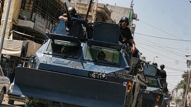 Rebeldes libios ponen fin al asedio armado del aeropuerto de Trípoli